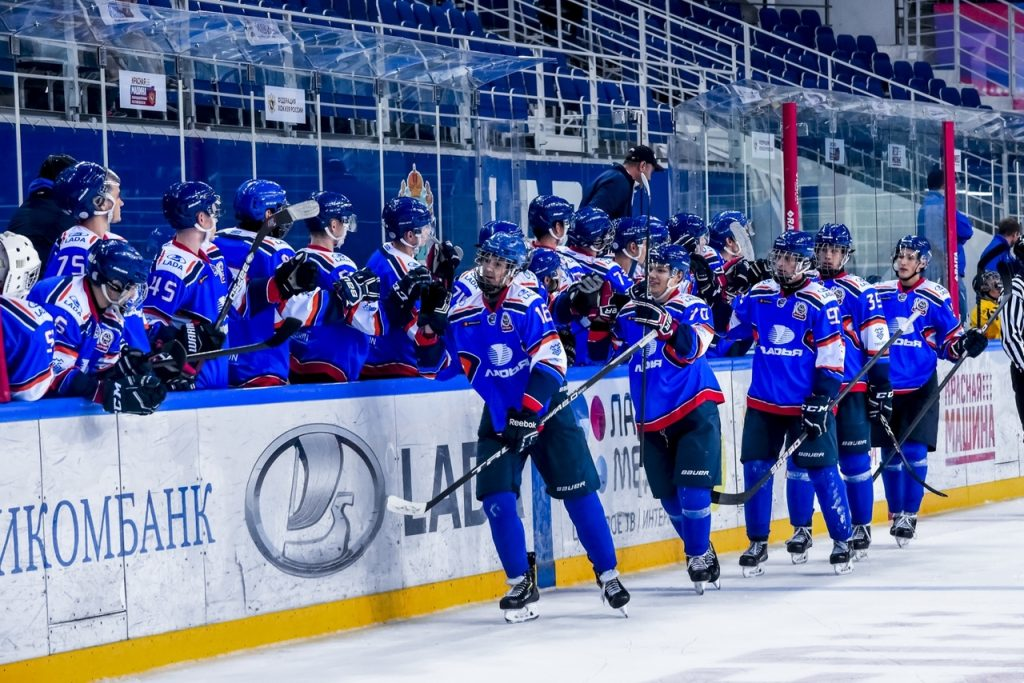 Гандбольная «Лада» побеждает ЦСКА, но проигрывает хозяйкам турнира «Кубок «Звезды» | CityTraffic