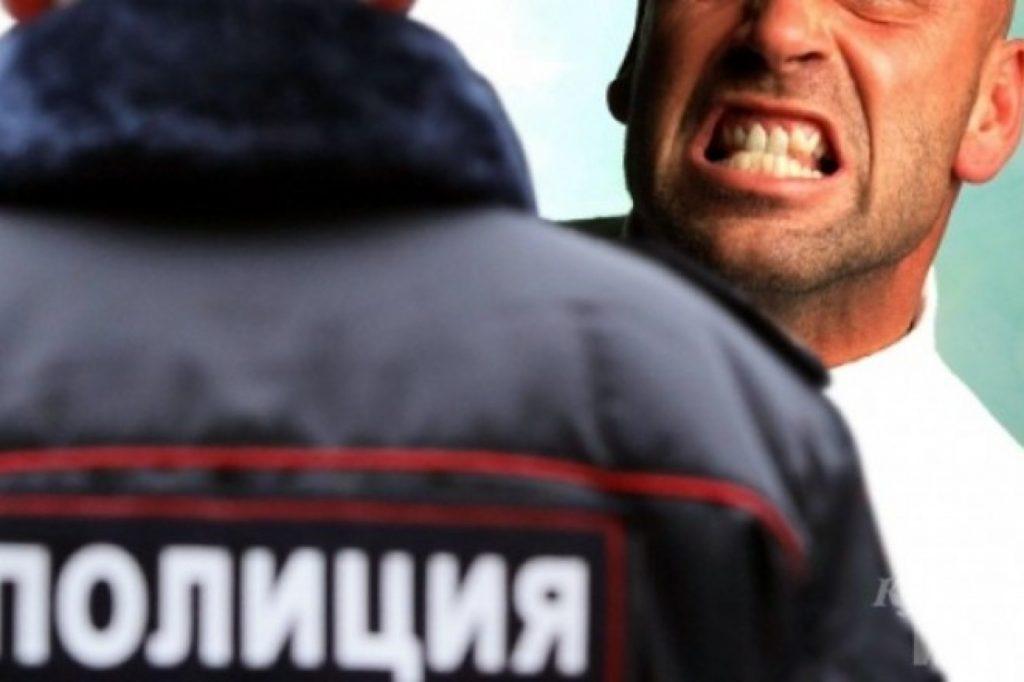 Пьяный житель Самарской области обматерил полицейского в похоронной конторе | CityTraffic