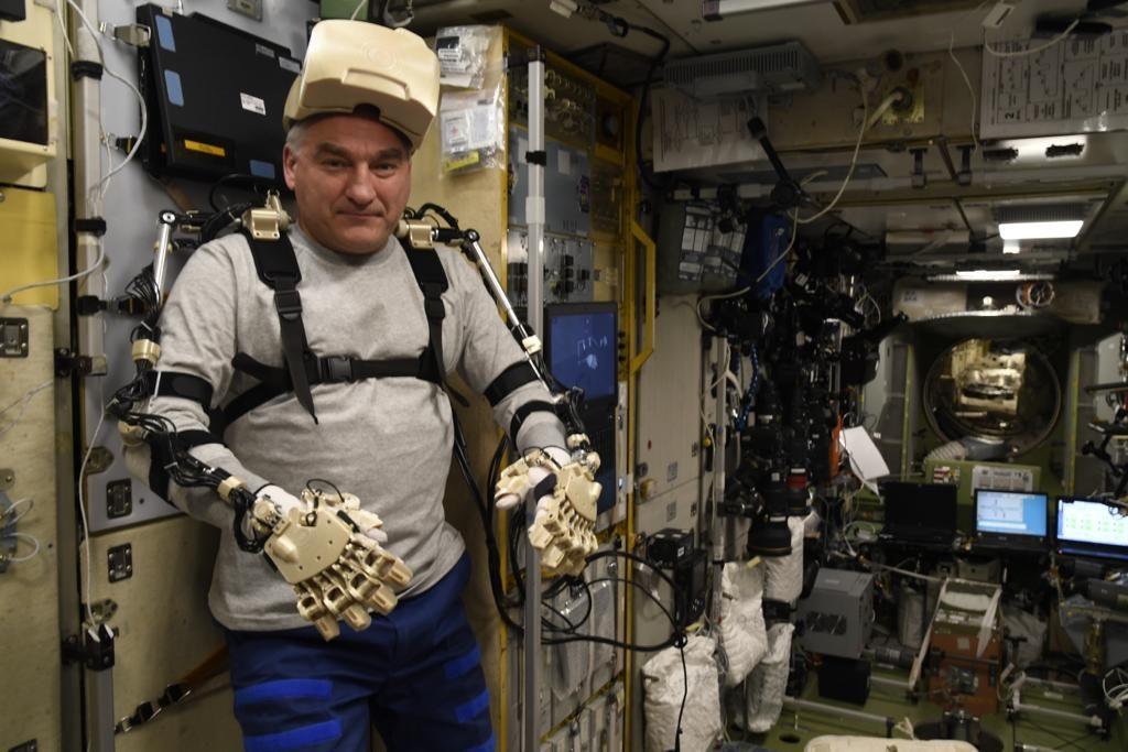 Возникли проблемы с рукой: робот-космонавт «Федор» рассказал, как идет тестирование его систем | CityTraffic