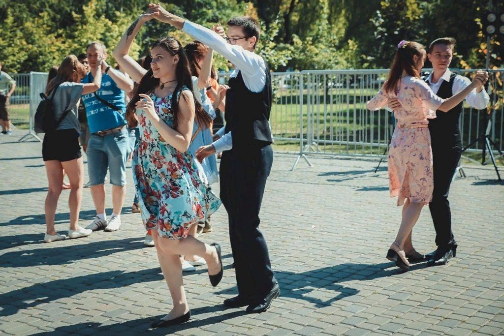 Самара вошла в топ-10 самых танцующих городов России | CityTraffic