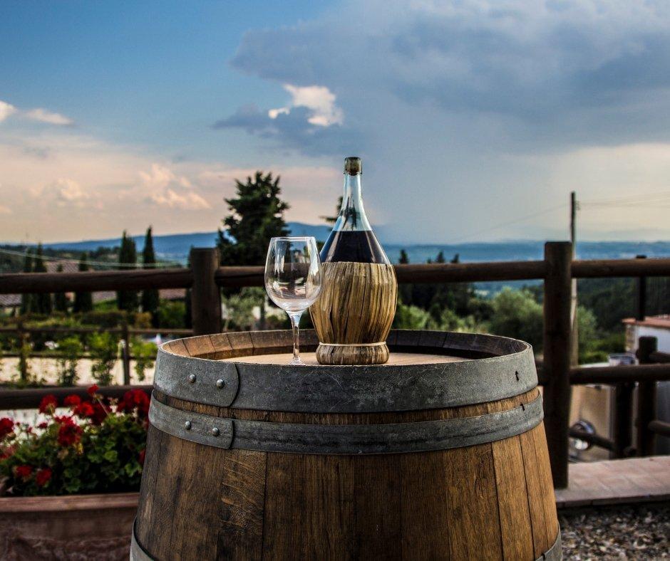 Ученые обнаружили очередное полезное свойство красного вина | CityTraffic