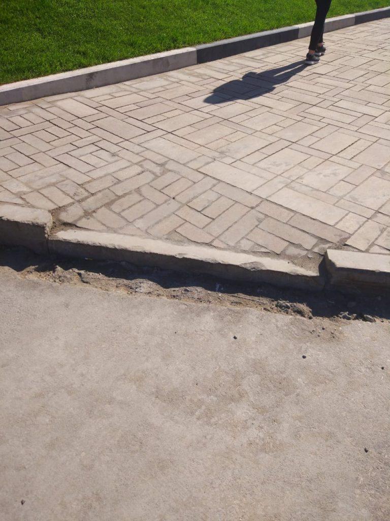 Жители Самары недовольны ремонтом тротуара у  Иверского монастыря | CityTraffic