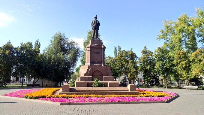 В Самарской области просят привести в порядок все памятники Ленину накануне 150-летия со дня рождения вождя пролетариата | CityTraffic