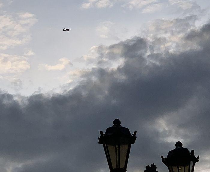 Жители Самары жалуются на звук слишком низко пролетающих самолётов: видео | CityTraffic