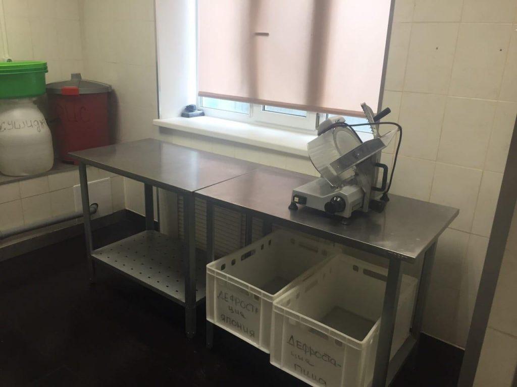 У сотрудников кухни, где готовили роллы, которыми в Самаре отравилось более 30 человек, нашли ротавирусы | CityTraffic