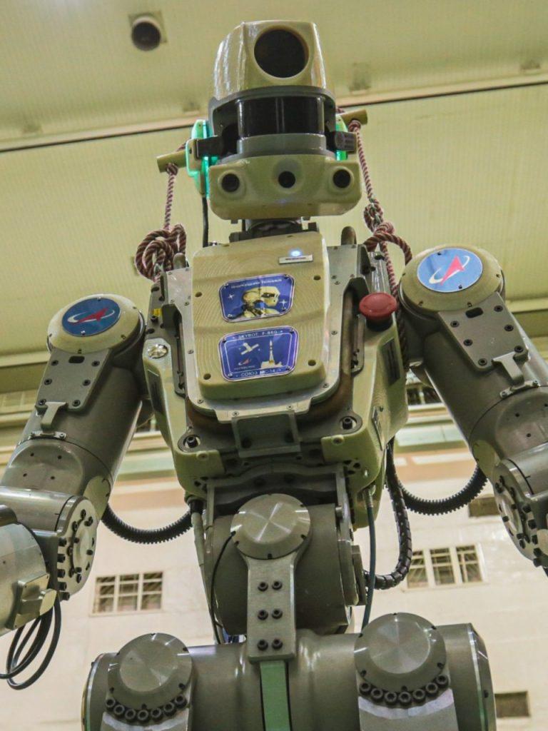 ВЦИОМ изучил мнения россиян о развитии робототехники в преддверии полета «Федора» на МКС | CityTraffic