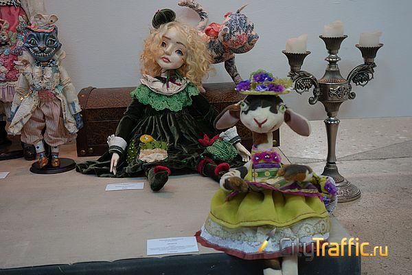 Гоголь, гномы и Галапагос | CityTraffic