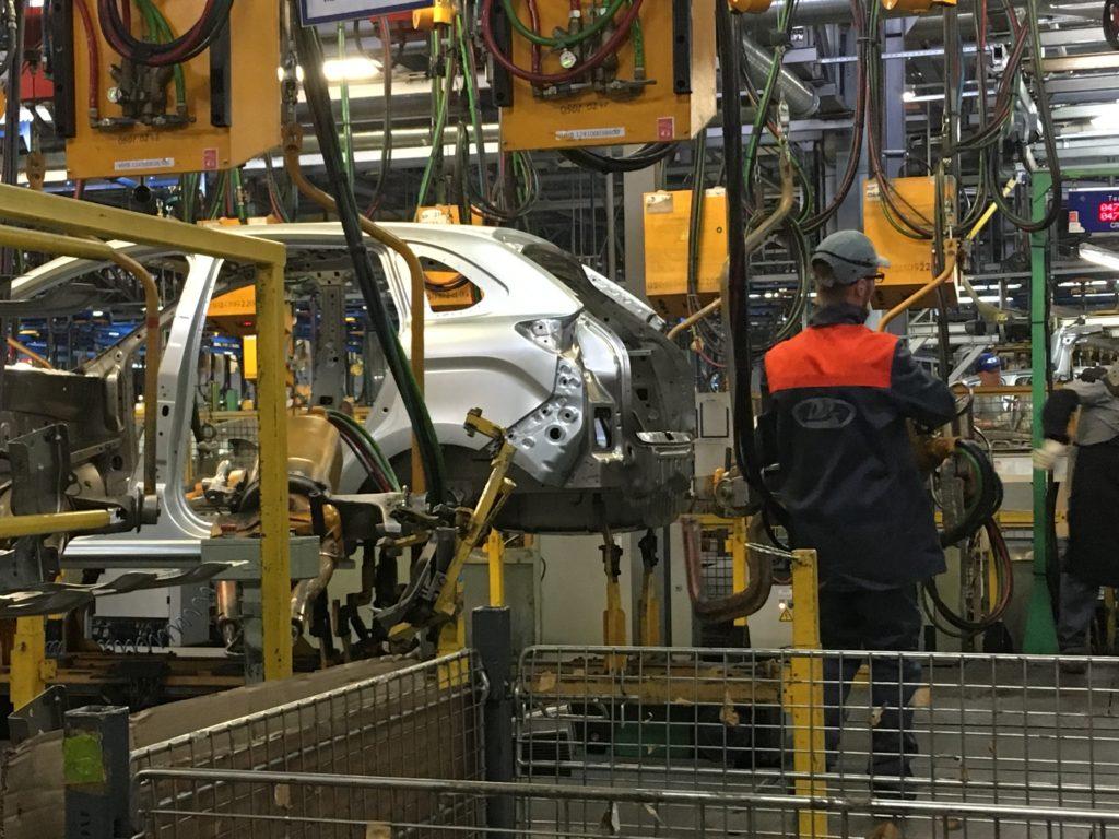 АВТОВАЗ внепланово остановит производство и отправит рабочих в простой | CityTraffic