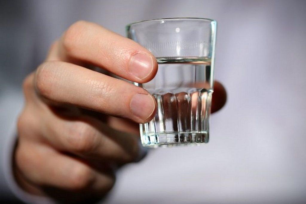 Психологи напоили добровольцев и пришли к выводу, что спиртное не меняет этические взгляды людей | CityTraffic