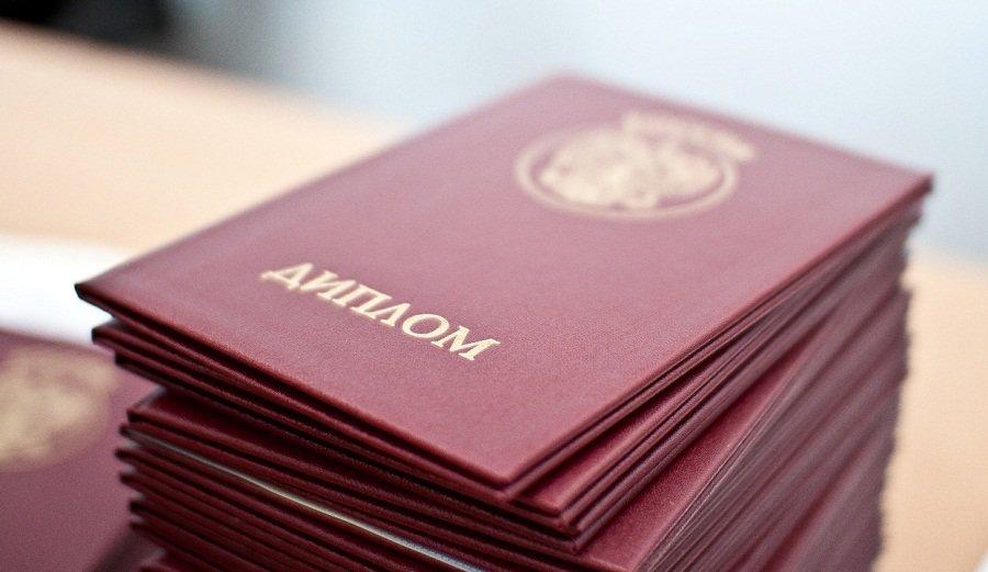 В Самарской области 31% тех, кто окончил вуз, не работают по специальности | CityTraffic