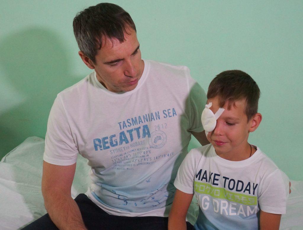 Врачи восстановили зрение школьнику из Тольятти, у которого разорвались глазные оболочки из-за травмы | CityTraffic
