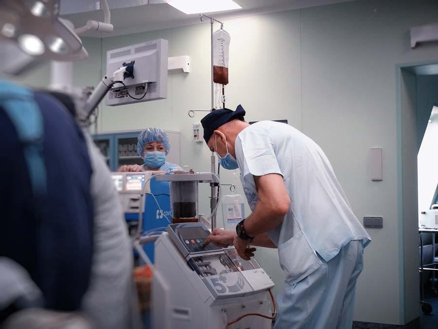 Жителю Самарской области удалили гигантскую злокачественную опухоль весом более 20 кг | CityTraffic