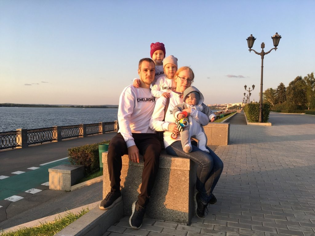 В Самарской области легковушка влетела в стоящую ГАЗель | CityTraffic