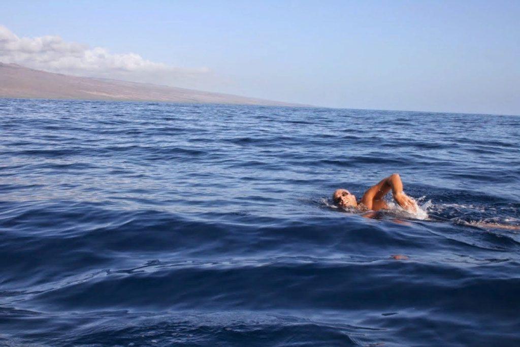 В Крыму спасатели вытащили из воды 58-летнего самарца | CityTraffic