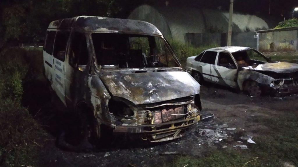 В Самарской области у кандидата Казачьей партии в ночь перед выборами  сожгли два автомобиля: видео | CityTraffic