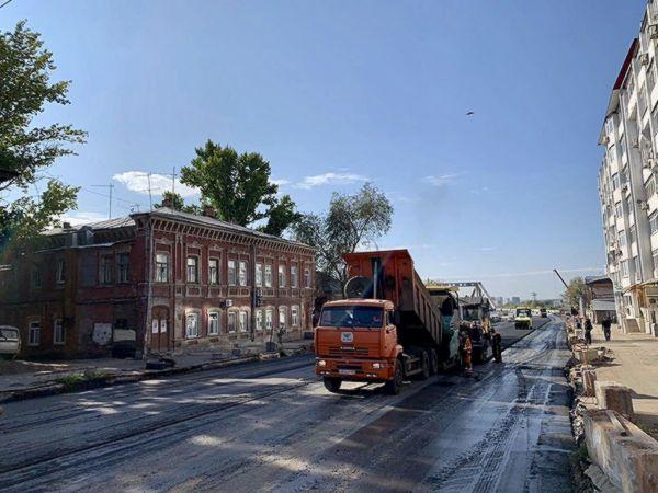 В Самаре начали укладывать асфальт на Фрунзе, не подготовив место для трамвайных путей | CityTraffic