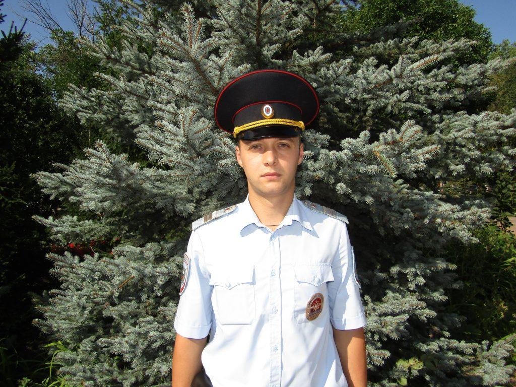 Полицейский из Самарской области спас человека на пожаре | CityTraffic