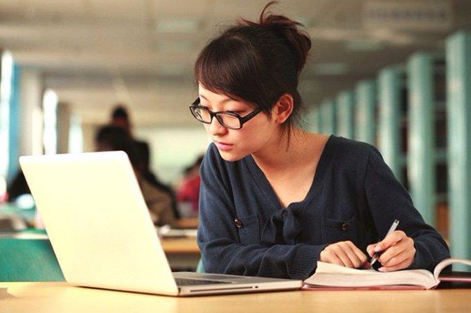В Самаре учителя, обучающие своих учеников через  Интернет, будут получать меньше своих коллег, работающих в офлайне | CityTraffic