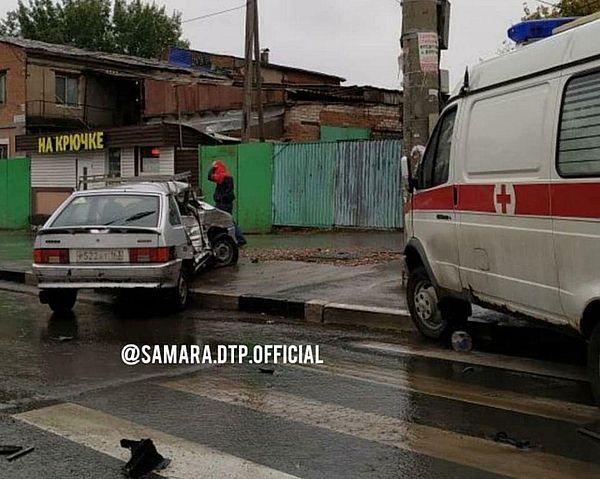 В Самаре произошло ДТП с участием машины Скорой помощи | CityTraffic