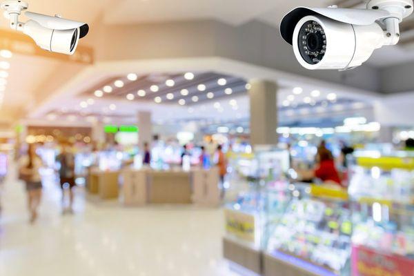 Владельцы ТЦ Самары не хотят давать данные с камер видеонаблюдения | CityTraffic