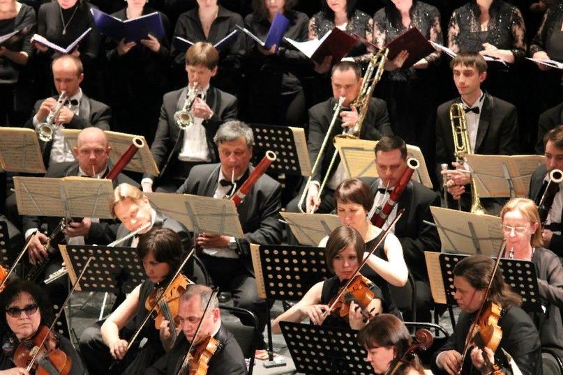 На площади Куйбышева под открытым небом прозвучит классическая музыка | CityTraffic
