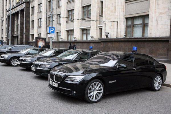 Для двух депутатов Госдумы от Самарской области  ищут автомобили для поездок по их округам | CityTraffic