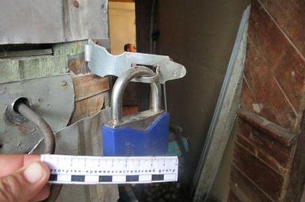 Житель Самарской области отнял у старушки деньги, отложенные на дрова, и спрятал их в пивной банке | CityTraffic