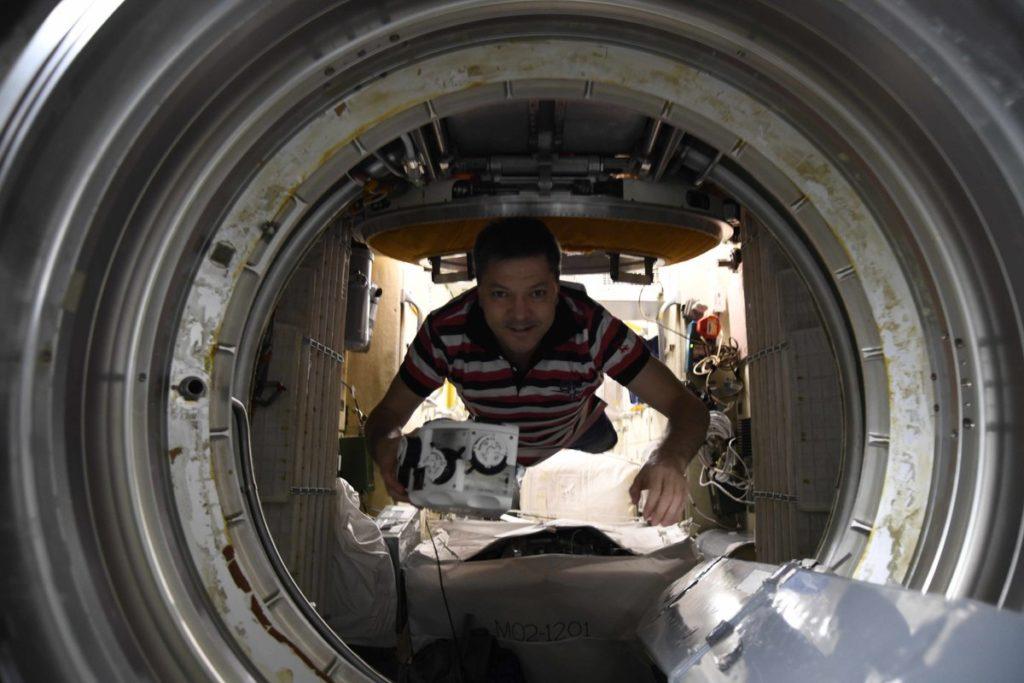 Самарскому космонавту Олегу Кононенко выдали 125 тысяч рублей из бюджета Самарской области | CityTraffic