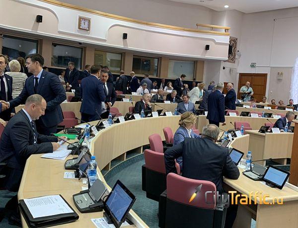 Депутаты Самарской губернской думы попросили министра образования региона обратить внимание на различия в стоимости школьных обедов | CityTraffic