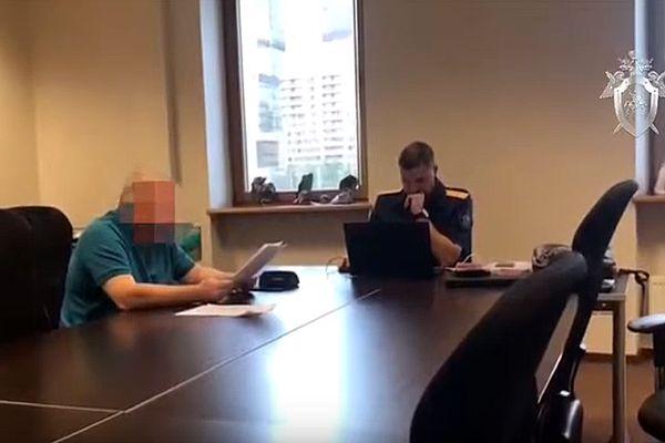 Задержан директор и учредитель Мурманского морского пароходства, который незаконно вывел 580 млн рублей и задолжал людям 100 млн рублей зарплаты: видео | CityTraffic