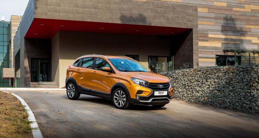 В августе в РФ продажи новых легковых автомобилей снизились на 1,3% | CityTraffic