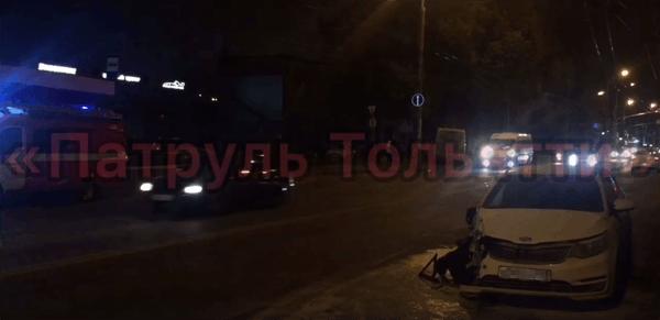 В Тольятти после столкновения с маршруткой загорелась иномарка | CityTraffic