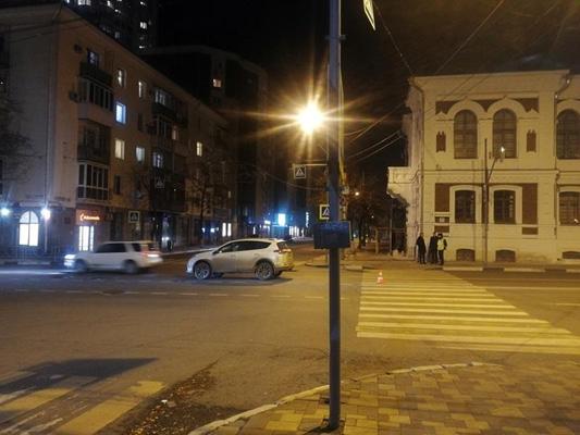 В Самаре водитель «Тойоты» на пешеходном переходе сбил 10-летнего мальчика | CityTraffic