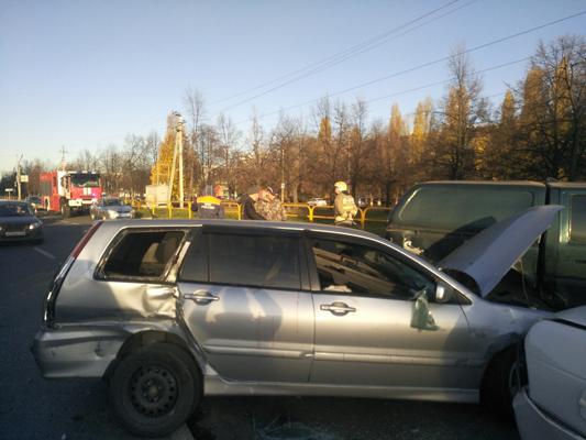 В Тольятти произошла массовая авария с участием 9 машин | CityTraffic