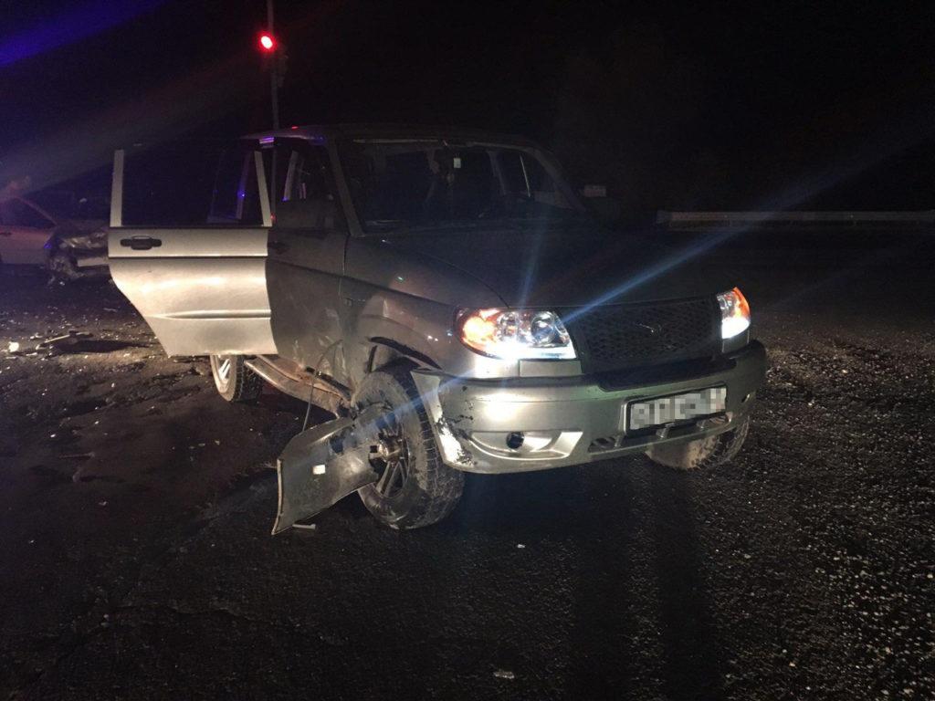 В Самарской области 6 человек пострадали в ДТП из-за того, что водитель УАЗа не пропустил «Калину»   CityTraffic