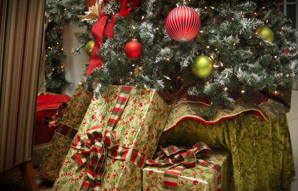 Новогодние подарки от родных и друзей не оценили 16% россиян | CityTraffic