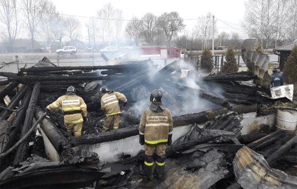 Следственный комитет возбудил уголовное дело по факту гибели 3 маленьких детей в результате пожара | CityTraffic