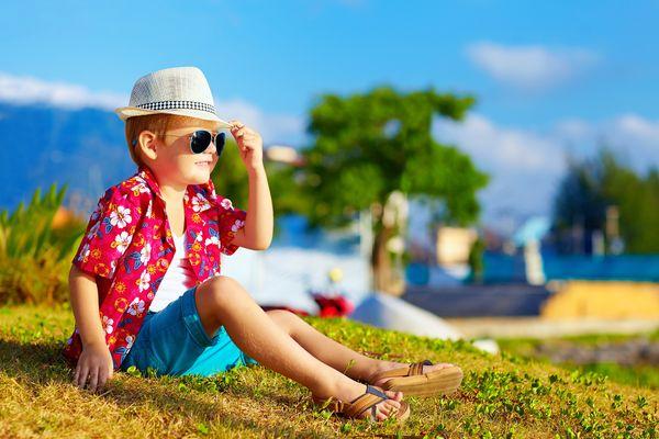 Роспотребнадзор напомнил, что зрение у детей падает не от учебы, а от нехватки солнца | CityTraffic