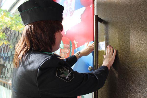 В Самаре на 3 месяца закрыли кафе-гриль, которое расположено в жилом доме | CityTraffic