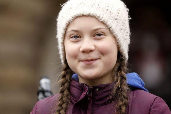 Большинство россиян считает, что экоактивистка из Швеции Грета Тунберг слабо понимает последствия своих действий | CityTraffic