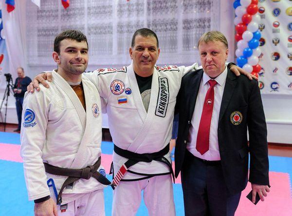 Тольяттинец Роман Букреев первым в Самарской области получил черный пояс по бразильскому джиу-джитсу | CityTraffic