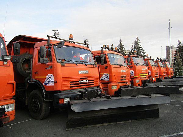 В Самаре убирать улицы от снега готовы более 700 снегоуборочных машин | CityTraffic