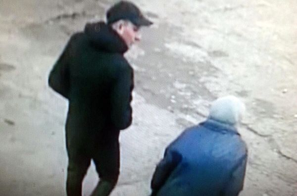 В Самарской области разыскивают блондина, похитившего деньги 92-летней пенсионерки: видео | CityTraffic
