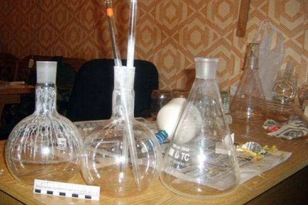Два жителя Самары варили амфетамин в домашней нарколаборатории на Ново-Садовой | CityTraffic