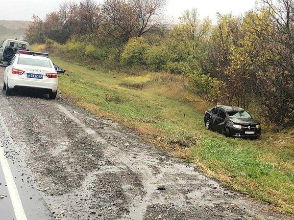 На трассе М-5 между Тольятти и Сызранью опрокинулся автомобиль | CityTraffic