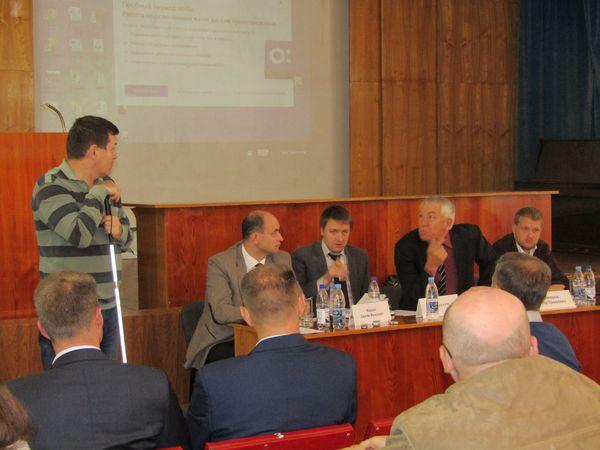 В Самаре обсудили возможность введения отдельной полосы для общественного транспорта в центре города | CityTraffic