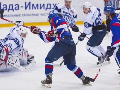 В очередном матче чемпионата ВХЛ «Лада» уступила команде «Зауралье»
