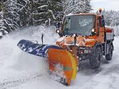 Во всех районах Тольятти на уборку снега вышла специальная техника