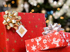 Дети-сироты получат новогодние подарки