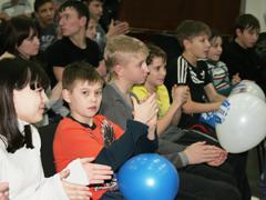 Спортивный клуб «Мега-Лада» преподнес подарок воспитанникам детского дома